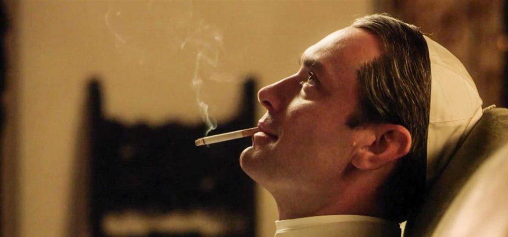 Fra le candidature agli Emmy Awards c'è The Young Pope, la prima serie italiana.