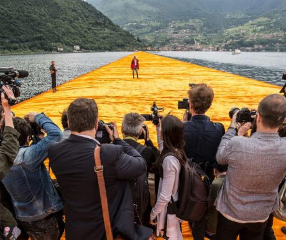 Walking on Water: il documentario su The Floating Piers presentato al Locarno Festival